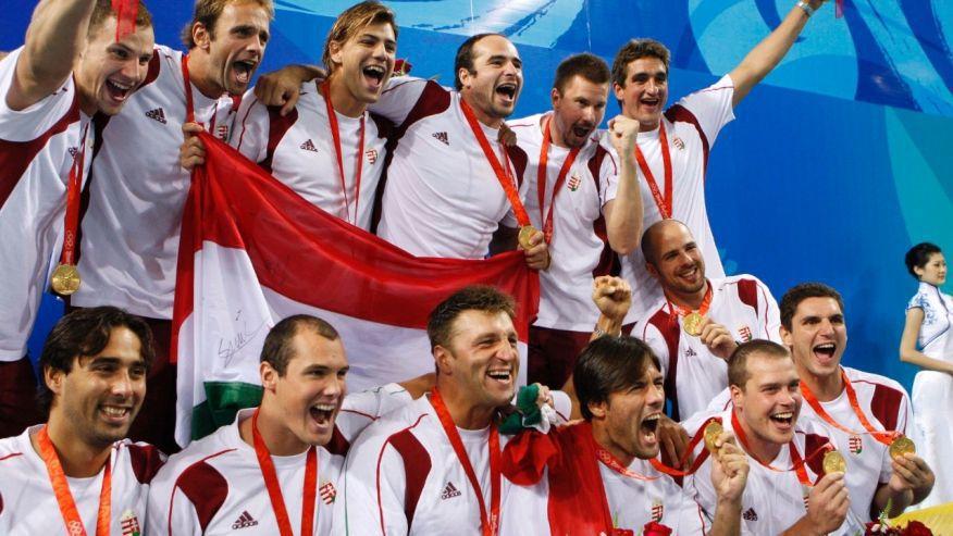 L'Ungheria dopo la vittoria del terzo oro olimpico consecutivo a Pechino 2008