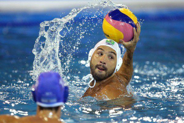 Perrone ha giocato le Olimpiadi di Rio con il Brasile