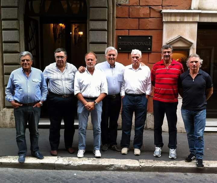 Uno degli ultimi consigli direttivi della WPD con Gabriele Pomilio. Da sinistra: Lucio Pisani, Marco Ferraro, Bruno Cufino, Yiannis Giannouris, Gabriele Pomilio, Ratko Rudic ed Emanuele Zanatta.