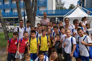Tempesti insieme ai Nuotatori Genovesi, team che fa parte della Pro Recco Academy